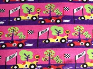 Racerbilar med rosa botten